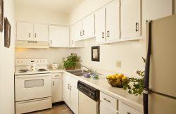 Perfect Atrium Apartments 650 Central Ave. Jefferson, LA 70121